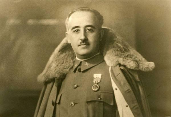 Правительство Испании намерено перезахоронить останки диктатора Франко