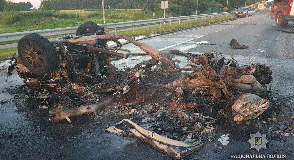 За рулем сгоревшей на Полтавщине Audi был харьковский бизнесмен, он погиб в больнице - СМИ