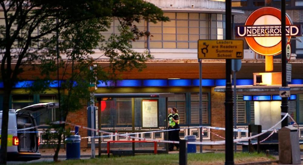 В метро Лондона произошел взрыв: есть раненые