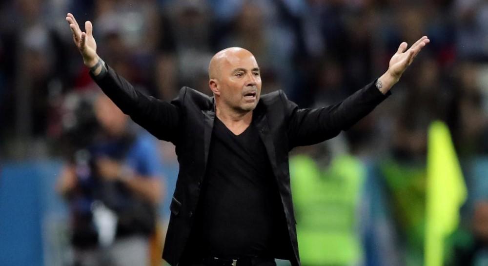 Болельщики сборной Аргентины оплевали тренера посла разгромного поражения от Хорватии