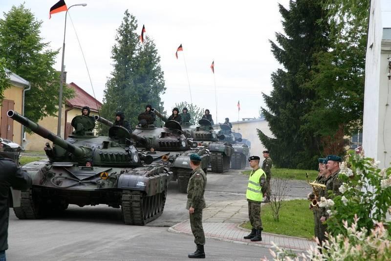 Польша создает новую танковую дивизию и возвращает в строй старые Т-72