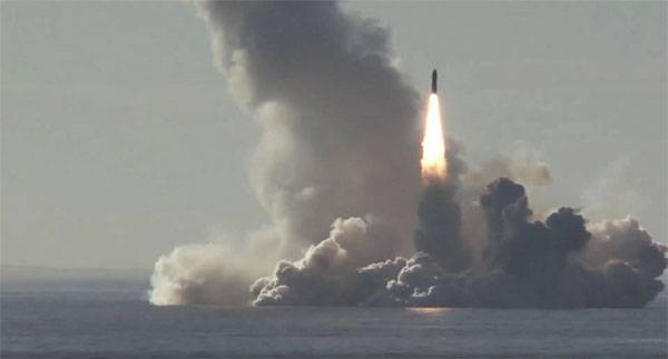 "Р-30 ""Булава"" принята на вооружение подводного флота ВМФ России"