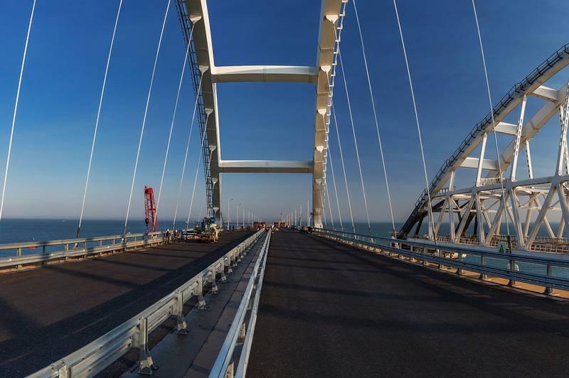 Мост в Крым достраивается. А быть ли мосту на Сахалин?