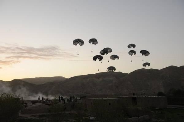 Резкий рост объёмов американских военных поставок в Афганистан. Уходить не собираются