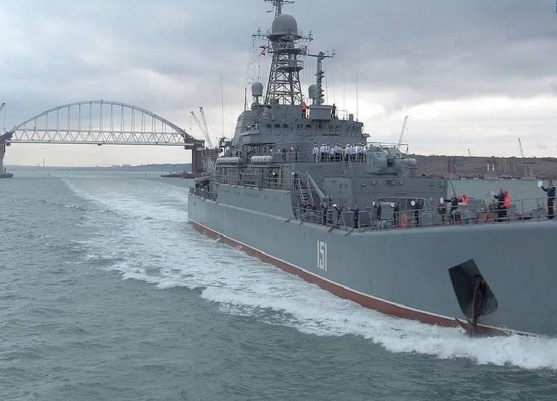 Киев: Россия захватывает всю акваторию Азовского моря