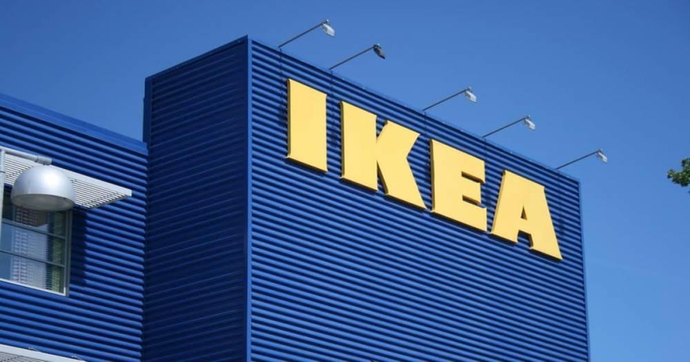 Фанаты прыгали на кровати в магазине IKEA в Лондоне, отмечая победу Англии над Швецией