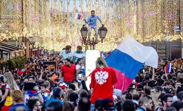 «Дикий город 90-х закончился». Что иностранные СМИ пишут о Москве