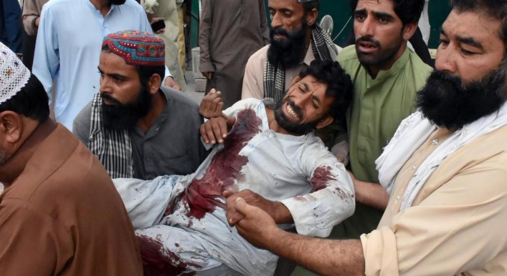 Кровавый теракт в Пакистане: число погибших возросло до 128