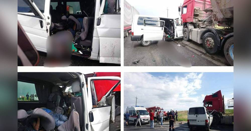 На Украине четыре человека погибли в ДТП с маршруткой и грузовиком