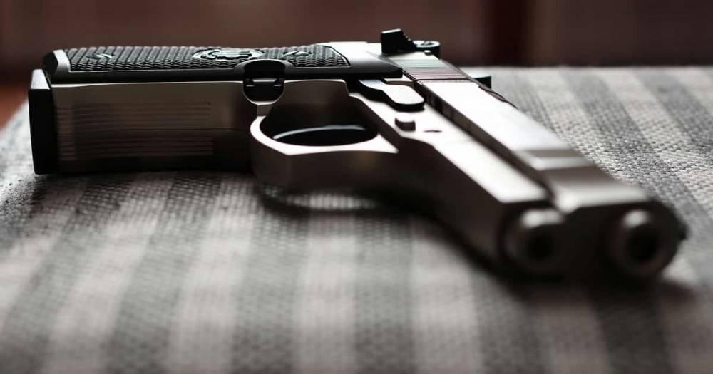 В Канзас-Сити при проведении тайной операции преступник расстрелял 3 офицеров полиции