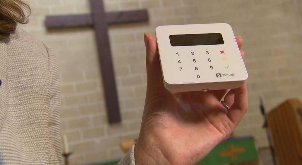 В Британии 16 тысяч церквей установили терминалы для сбора пожертвований