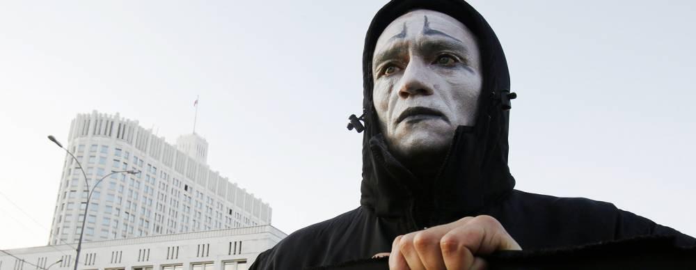 В Москве проблемой ВИЧ занимаются люди, за работу которых городу должно быть стыдно, а москвичам — страшно