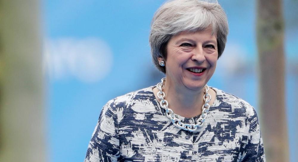 Лондон продолжает поддерживать Украину и противодействовать России - Мэй