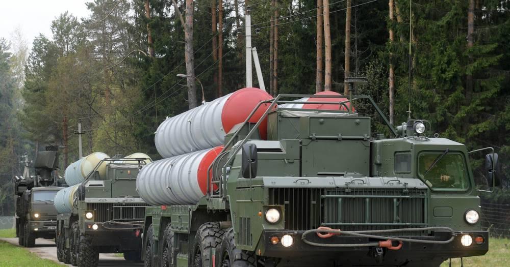 Первый полк С-400 досрочно передан военным