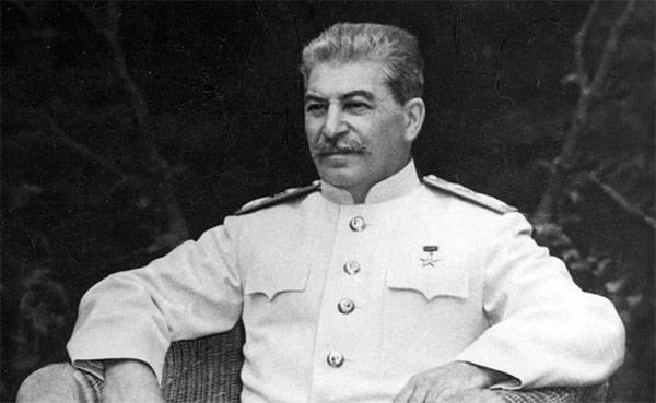 Конгрессмен США: Сталин уничтожил украинцев больше, чем Гитлер - евреев