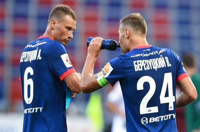 Защитники ЦСКА братья Березуцкие объявили о завершении карьеры