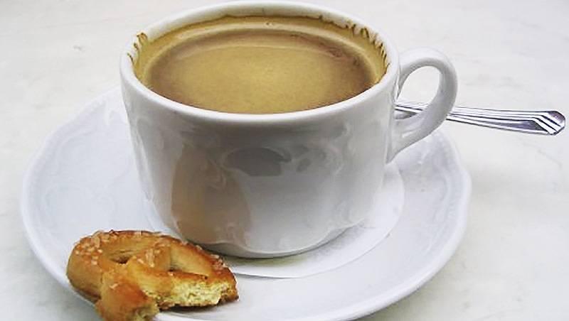 Суд постановил: кофе с булкой – это не завтрак
