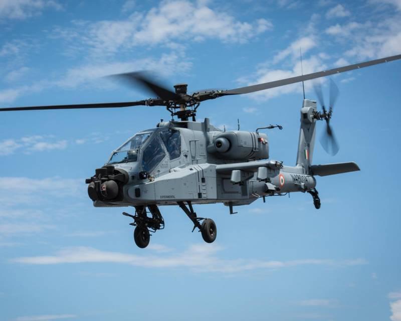Boeing построил для Индии первые вертолёты АН-64Е и CH-47F(I)