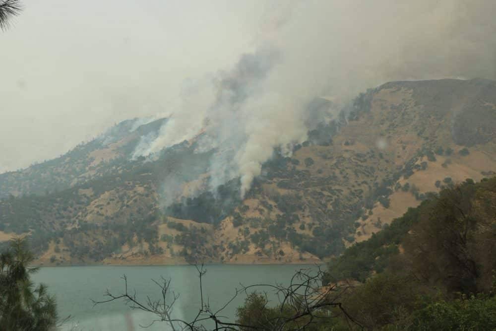 Калифорния все еще в огне: пожары достигли Орегона