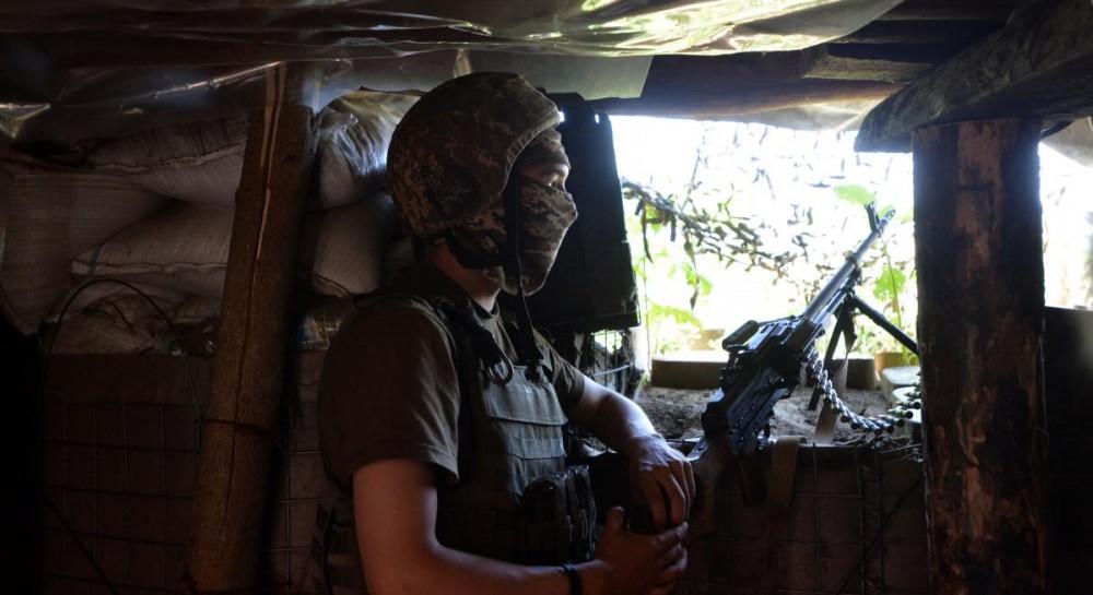 Танки, артсистемы и новейшие комплексы РЭБ: на Донбассе обнаружили российскую военную технику