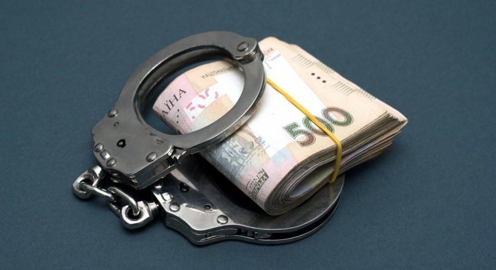 Экс-сотрудника посольства Украины в ЮАР подозревают в присвоении 1,5 миллиона гривень