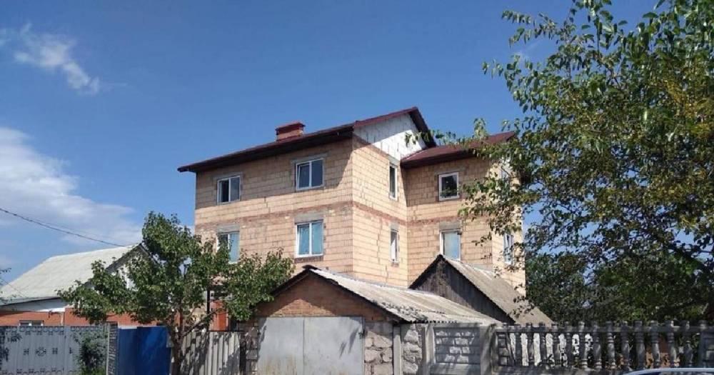 Под Киевом нашли клинику, где пациентов лечили насильно