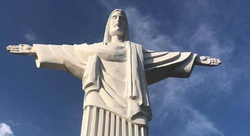 В Трускавце установили копию бразильского памятника Христа-Спасителя