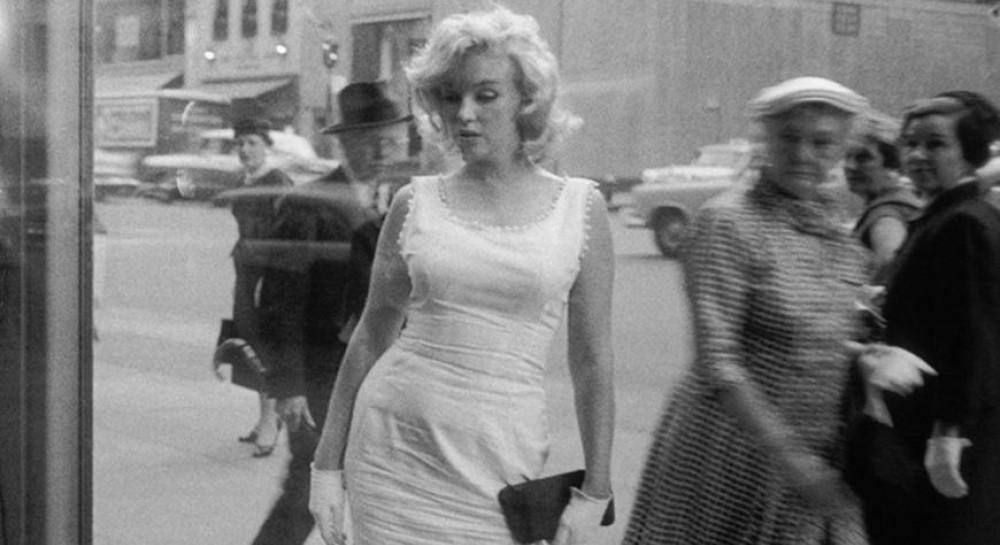 Найден кадр с обнаженной Мэрилин Монро, который при монтаже вырезали из фильма