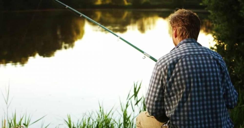 """""""Ловись рыбка большая и... законная"""": рыбаку из Уорикшира придется раскошелиться на £1130 штрафа"""