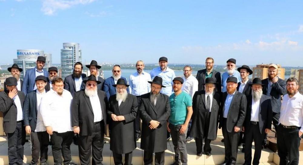 35 раввинов и еврейских общественных деятелей из разных стран посетили места, связанные с Любавическим ребе