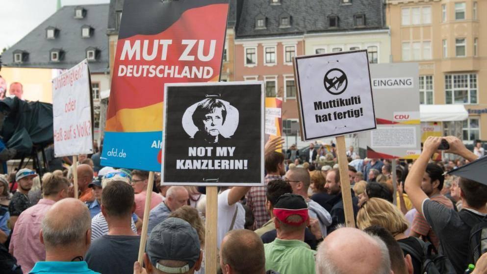 Ангела Меркель в Саксонии: без акций протеста не обошлось и в этот раз