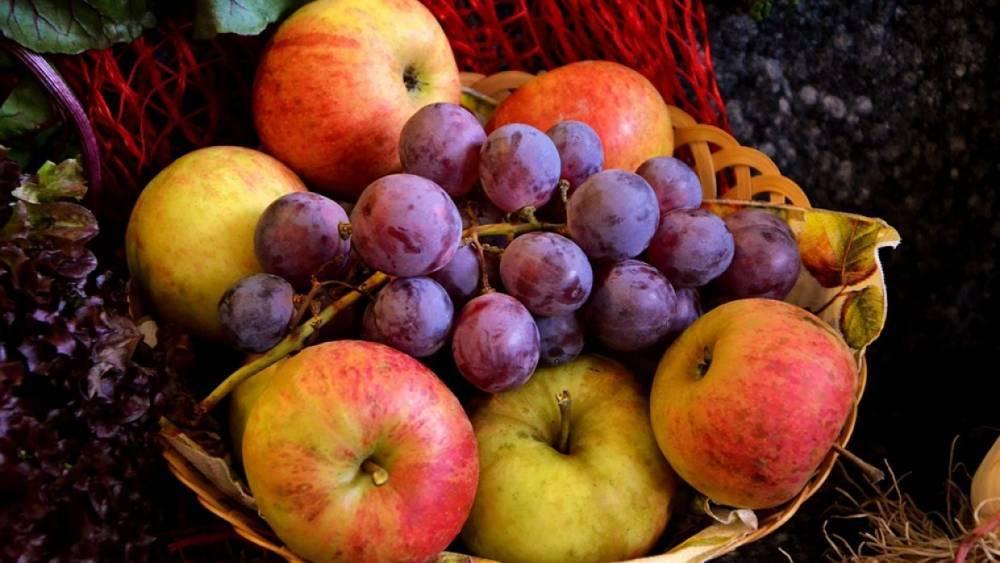 Яблочный Спас 2018: когда отмечают, зачем освящают яблоки, что можно и нельзя есть, традиции и приметы