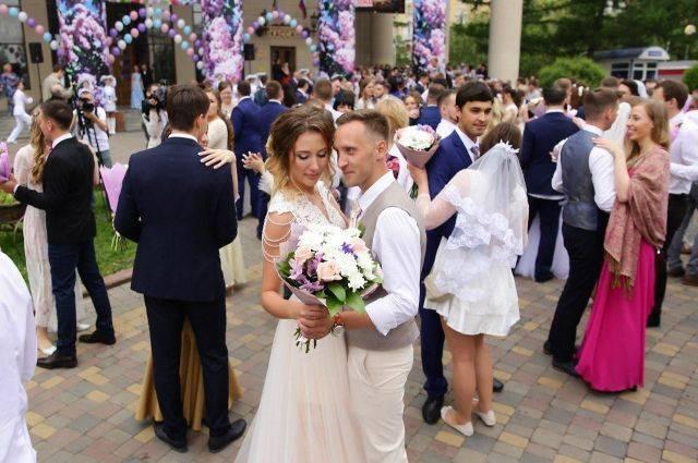 Нужен ли молодожёнам брачный контракт?