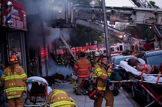 Пожар в жилом доме в Бруклине: 1 человек погиб, 3 — в критическом состоянии