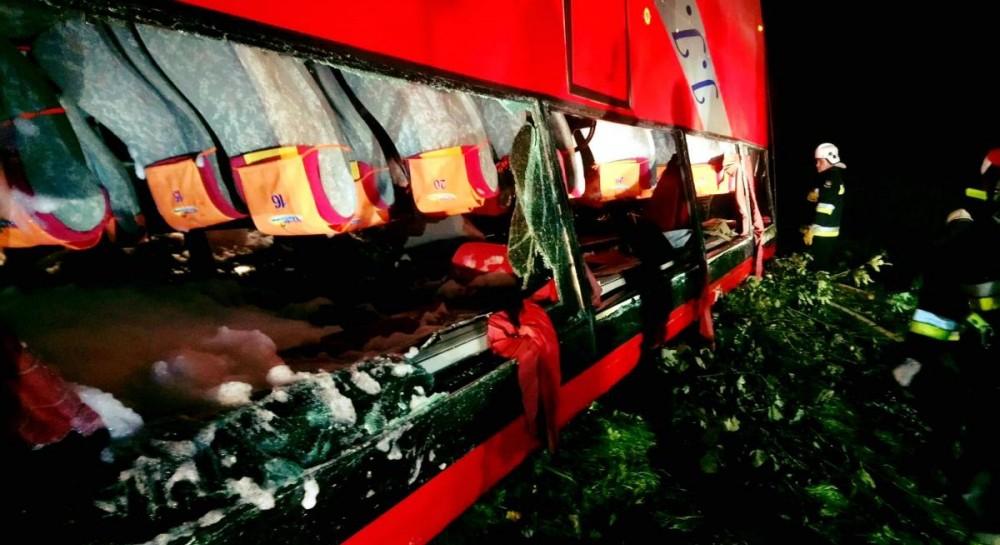 В Польше разбился автобус с украинскими туристами: трое погибших, полсотни пострадавших