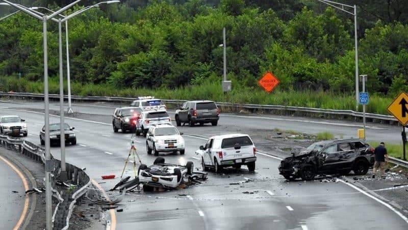 Авария из 6 машин в Куинсе: 1 погибший, еще 4 — госпитализированы
