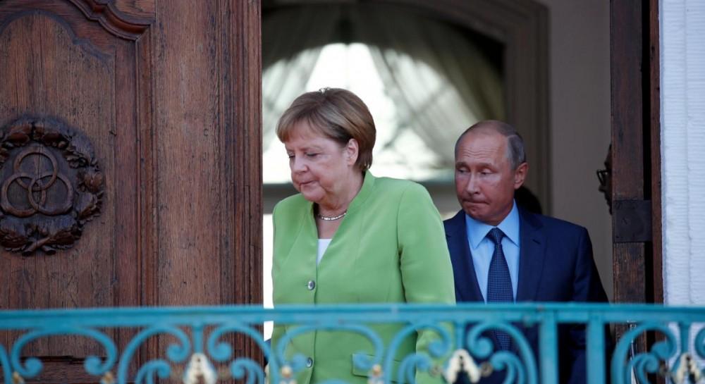 Меркель и Путин обсудили ситуацию в Украине и другие вопросы за три часа