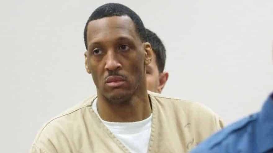 Грабитель, заставлявший своих жертв заниматься сексом под дулом пистолета, получил 148 лет тюрьмы