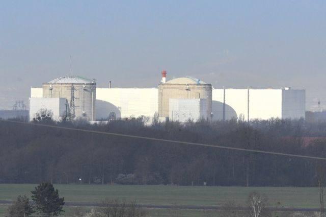 Во Франции из-за аномально жаркой погоды отключили несколько реакторов АЭС