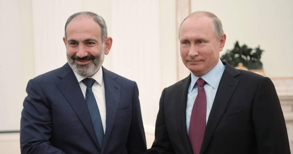 Путин принял приглашение Пашиняна посетить Армению