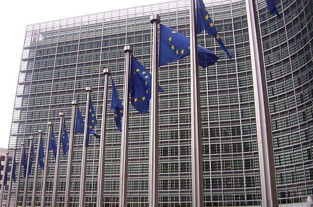 Юнкер: Евросоюз должен стать самостоятельным игроком на международной арене