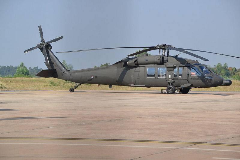 """Латвия закупит в США вертолеты UH-60M """"Блэк Хок"""", правда за их же деньги"""