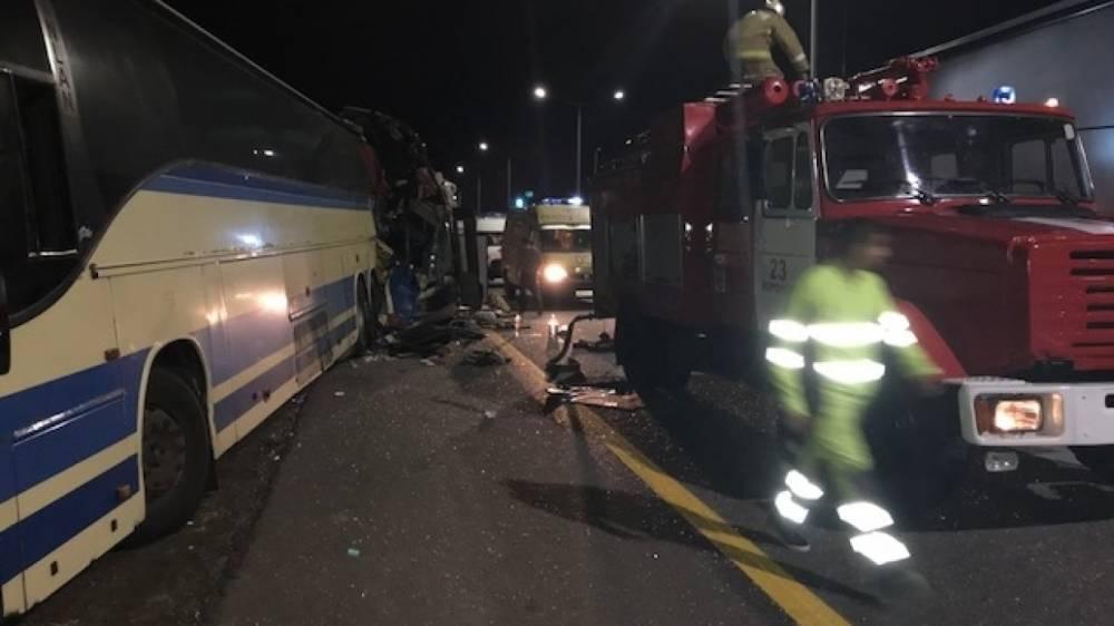 МЧС подтвердило гибель пяти человек в ДТП с автобусами в Воронежской области