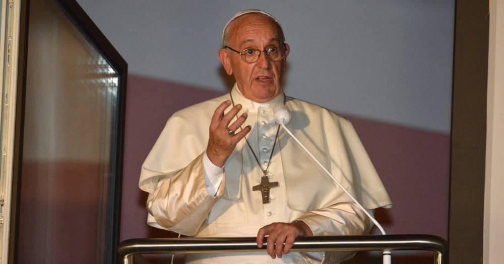 Папа Римский назвал сексуальность божественным даром