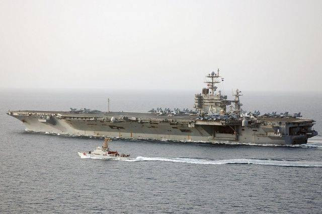 Авианосная ударная группа ВМС США вошла в Средиземное море