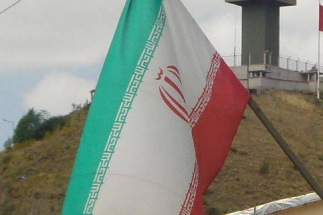 Одиннадцать человек стали жертвами теракта на военном параде в Иране