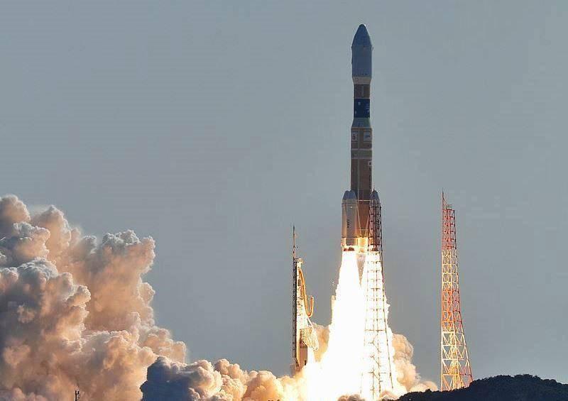 Япония протестирует модель космического лифта