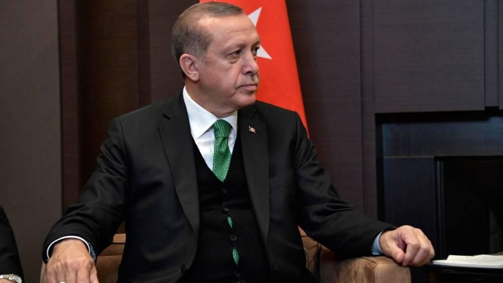 Сирия: Эрдоган обвинил США в продолжающейся поддержке курдских сил в стране