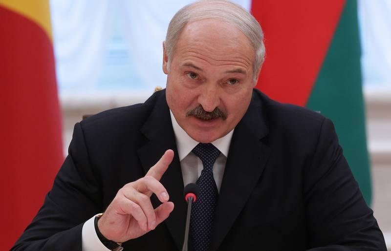 Лукашенко принял решение усилить границу с Украиной