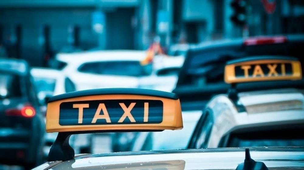 Таксист-мигрант в Москве изнасиловал уснувшую пассажирку